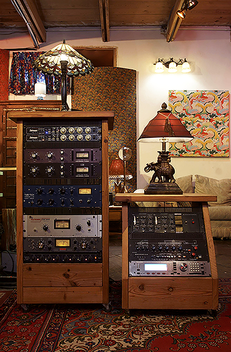 460x700-studio-neve-tracking-rack-rignt