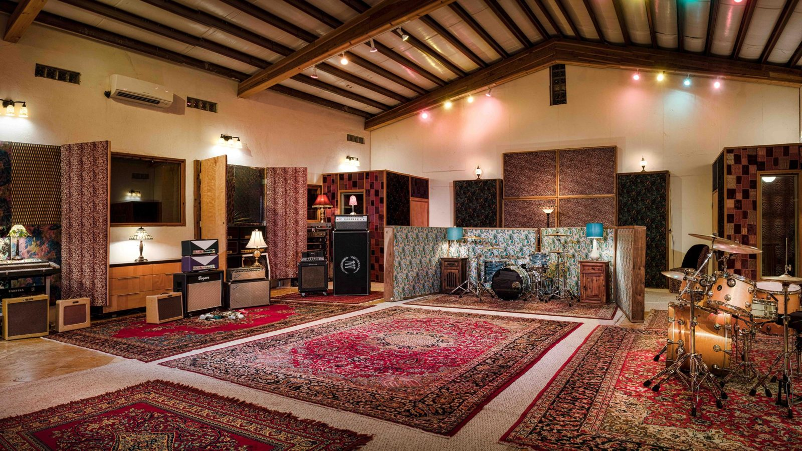 Studio Neve - Tracking Room from right